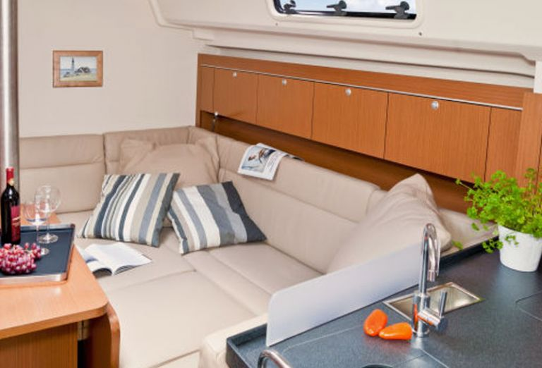 Aeolus Yacht photo8.jpg